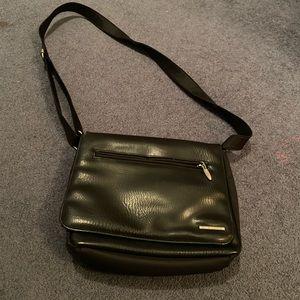 Vintage Di Giorgio leather purse
